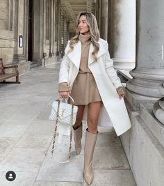 Boujee Outfits, Cute Casual Outfits, Stylish Outfits, Winter Fashion Outfits, Fall Winter Outfits, Autumn Winter Fashion, Mode Inspiration, Style, White Handbag