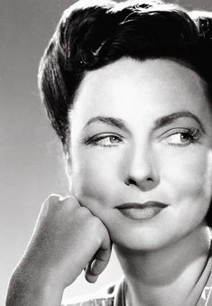Picture of Agnes Moorehead Hooray For Hollywood, Golden Age Of Hollywood, Vintage Hollywood, Classic Hollywood, Massachusetts, Celebrities Then And Now, Famous Celebrities, Celebs, Agnes Moorehead