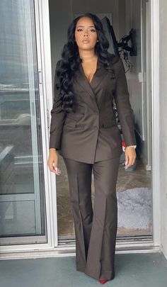 Business Clothes, Business Outfits, African American Beauty, Femininity, Baddie, Bespoke, Monochrome, Mall, Survival