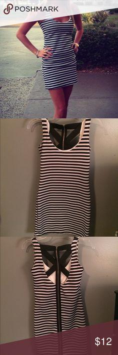 Sexy black&white striped dress w/ strappy back//XS Sexy Black&white striped dress//strappy on the back//XS//no trades 🚫//offers welcome 💕 Dresses Mini
