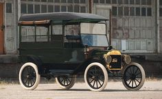 1913 Ford Model T Mail Truck