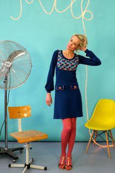 """Knielange Kleider - KLEID """"PARIS PETROL"""" MIT PASSE - ein Designerstück von Bonnie-and-Buttermilk bei DaWanda"""