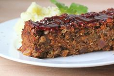 Lipton Onion Soup Souperior Meatloaf This is the best meatloaf I've ever had. All the Family loves it! Meatloaf Recipes, Beef Recipes, Vegetarian Recipes, Cooking Recipes, Vegan Meatloaf, Turkey Meatloaf, Cooking Time, Easy Meatloaf, Lentil Recipes