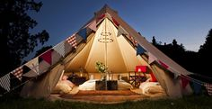 Glamping (or glamourous-camping) is so in right now! Though some people enjoy being away from their homes and being one with nature, it's not for everyone.