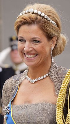 Crown Princess Maxima wore the Dutch Diamond Bandeau Tiara. It was made in the 1930s from a collection of enormous diamonds. These diamonds were originally part of the national wedding gift given to Queen Emma in 1879.