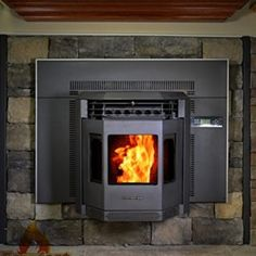 Shop a great selection of Comfortbilt Pellet Stove Insert Carbon Black. Find new offer and Similar products for Comfortbilt Pellet Stove Insert Carbon Black. Pellet Stove Fireplace Insert, Best Pellet Stove, Pellet Stove Inserts, Wood Pellet Stoves, Fireplace Inserts, Diy Fireplace, Fireplace Remodel, Combustion Chamber, Wood Pellets