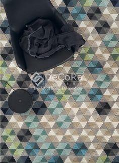Colmena matta i färgen mixed från Linie Design Innovation Living, Tapis Design, Patterned Carpet, Nordic Design, Large Rugs, Contemporary Rugs, Textile Patterns, Textiles, Floor Rugs