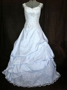 Watters 783 style 9045b 65 off recycled bride talk wedding watters 783 style 9045b 65 off recycled bride talk wedding to me pinterest recycled bride brides and wedding dressses junglespirit Images