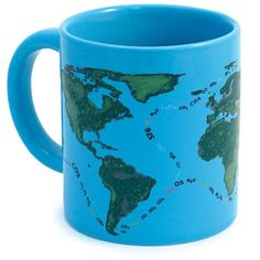 Add hot water and observe Florida and California disappear, as Central America becomes just a chain of islands! This mug reminds us of the consequences of global warming. Watch what happens when our polar icecaps melt and the oceans begin to rise.