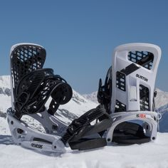 f70d45f3da Burton Genesis EST Snowboard Binding in Flag White at Spring Break Snowboard  Test front and back
