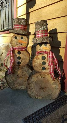 http://teds-woodworking.digimkts.com/ I can make this diy woodworking gifts Wooden snowmen