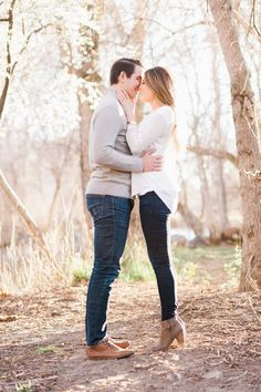 344 Best Engagement Photo Outfits Images In 2019 Engagement Photo