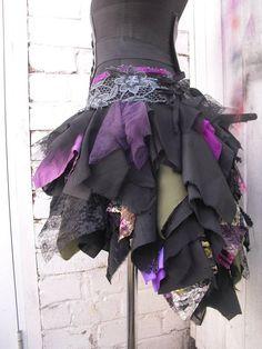Tattered/Rag skirt- high low- wrap skirt/adjustable belt Im in etsy competition … Tattered skirt Summer Diy Emo Clothes, Fairy Clothes, Style Kawaii, Style Bobo Chic, Rag Skirt, Pixie, Black Fairy, Steampunk Skirt, Vert Olive