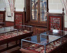 Vue de la salle Piette (présentation muséographique du début du XXe siècle). © RMN-GP/MAN L. Hamon