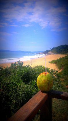 Praia do Estaleirinho - Balneario Camboriu - Santa Catarina - Brasil