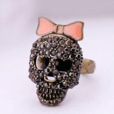 SHARE & Get it FREE | Cut Out Rhinestone Bowknot Skull RingFor Fashion…