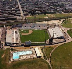Vue aérienne du stade du parc Jarry en juilet 1969 /Aerial view of Jarry Park in July 69 @Montreal_Expos (VM94-B47)