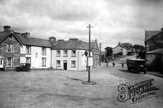 Old photo of The Square 1930, Ffestiniog