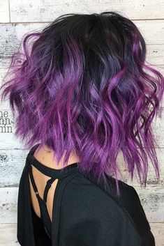 Angled Bob With Purple Balayage Highlights #purplehighlights #highlights #haircolor #wavyhair #longbob ❤️See what a deep and bright look you can get with purple highlights! Purple balayage, blue ombre, and many cool hair color ideas are here! ❤️ See more: http://lovehairstyles.com/purple-highlights-unique-hair-look/ #lovehairstyles #hair #hairstyles #haircuts Dip Dye Hair Short, Short Dark Hair, Short Purple Hair, Dark Purple Hair, Pink Hair, Color Your Hair, Hair Color And Cut, Hair Dye Tips, Dyed Tips