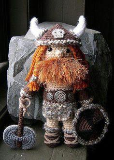 Crochet Amigurumi, Amigurumi Doll, Amigurumi Patterns, Crochet Dolls, Crochet Patterns, Cute Crochet, Crochet Baby, Knit Crochet, Crochet Skull