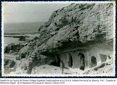 Cuevas cercanas al puerto de Almería (1943). Fuente: Biblioteca Digital de la Diputación Provincial de Almería.