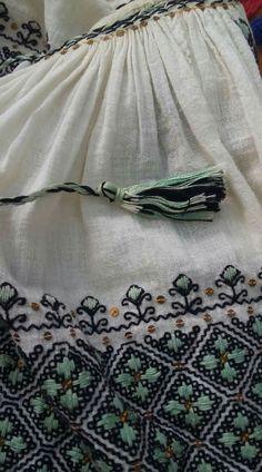 Moldova, Romania, Boho Shorts, Diy And Crafts, Folk, Embroidery, Blouse, Shirts, Style