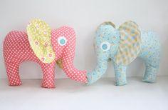 ATELIER CHERRY: Elefantes em tecido