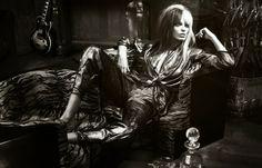 Daria Werbowy by Mert & Marcus for Vogue Paris