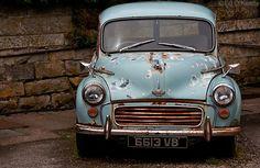Perfect patina Morris Minor!