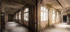 Bei der go2know Fotobase könnt Ihr 8 Häuser  der Beelitzer Heilstätten völlig frei erkunden.  Ihr habt 7 Stunden Zeit, um in aller Ruhe die  Gebäude entdecken und fotografieren zu können.