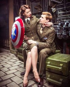 matching halloween costumes 24 Marvelous Matching Avengers Costumes For Couples and Friends - Best Female Halloween Costumes, Disney Halloween, Cute Couples Costumes, Matching Halloween Costumes, Couples Cosplay, Creative Halloween Costumes, Easy Halloween, Halloween 2018, Costumes For Men