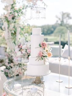 Five tiered wedding cake ideas | #weddingcake #weddingcakeideas #cakeideas #romanticwedding