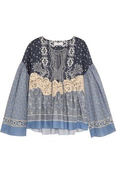 CHLOÉ Lace-Appliquéd Printed Cotton-Voile Blouse. #chloé #cloth #tops
