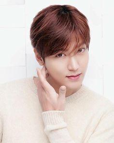 Lee Min Ho Images, Minho, Korean Actors, Handsome, Celebs, Asian, Beauty, Gatos, Celebrities