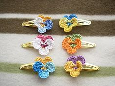 Cute for little girl clips...I think I could figure out how to do these....