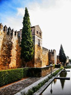 La Puerta de Almodovar , Córdoba  Spain Antigua y Bonita en el sur de españa.