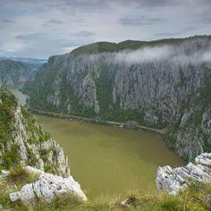 Rezervatia naturala Cazanele Mici si Cazanele Mari