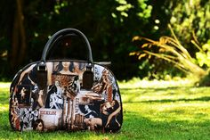 Latest Collection Of Ladies Handbags 2015 http://www.accessorypedia.com/2015/10/latest-collection-of-ladies-handbags-2015.html
