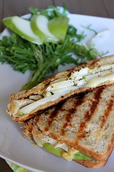 Chicken, Pear, and Brie Panini...Substitute turkey and add cranberry sauce & you've got a great sandwich for leftovers!