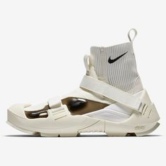 The MMW x Nike Free TR 3 SP Is Arriving Soon Adidas Shoes Women, Nike Women, Wonder Woman Shoes, Nike Boots, White Fashion, Womens Shoes Wedges, Women's Shoes Sandals, Nike Free, Casual Shoes