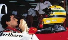 Ayrton Senna: was a Brazilian driver in Formula 1 world champion three times, in 1988, 1990 and 1991. He died in an accident at the Autodromo Enzo e Dino Ferrari in Imola during the San Marino Grand Prix in 1994. It is recognized as one of the biggest names in Brazilian sport and one of the greatest drivers in motorsport history