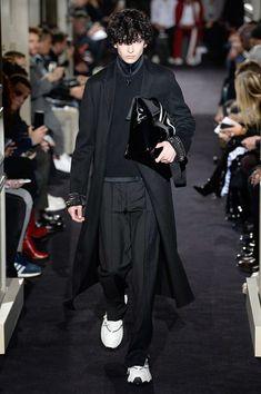 Valentino Fall 2018 Menswear Collection - Vogue