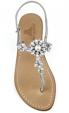 Africa Dress, Oil Mix, Ladies Shoes, Flat Sandals, Wedding Shoes, Capri, High Heels, Prom Dresses, Footwear