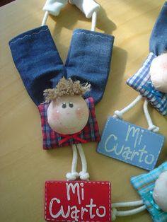 Jean Crafts, Diy And Crafts, Crafts For Kids, Bazaar Crafts, Bee Art, Felt Patterns, Sewing Art, Soft Dolls, Doll Crafts