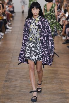 Christian Wijnants Spring/Summer 2017 Ready-To-Wear Collection