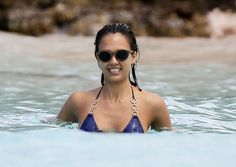 Jessica Alba in the Caribbean - 04/02/2015