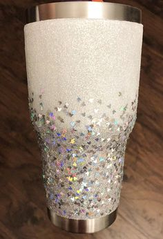 Disney Mickey Glitter Tumbler Personalized Custom Tumbler Diy Tumblers, Custom Tumblers, Glitter Tumblers, Acrylic Tumblers, Cup Crafts, Arts And Crafts, Glitter Crafts, Glitter Projects, Glitter Cups