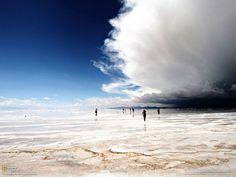 Uyuni, un mundo mágico: es el salar más grande y más alto del mundo. Está ubicado al sudeste de Bolivia y visitarlo es adentrarse en un mundo de imágenes...