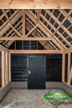 Garage Doors, Cottage, Construction, Exterior, House Design, Outdoor Decor, Room Ideas, Home Decor, Building