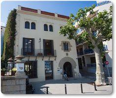 Papel Digital: Biblioteca Can Coromines (Sant Pol de Mar, Maresme...